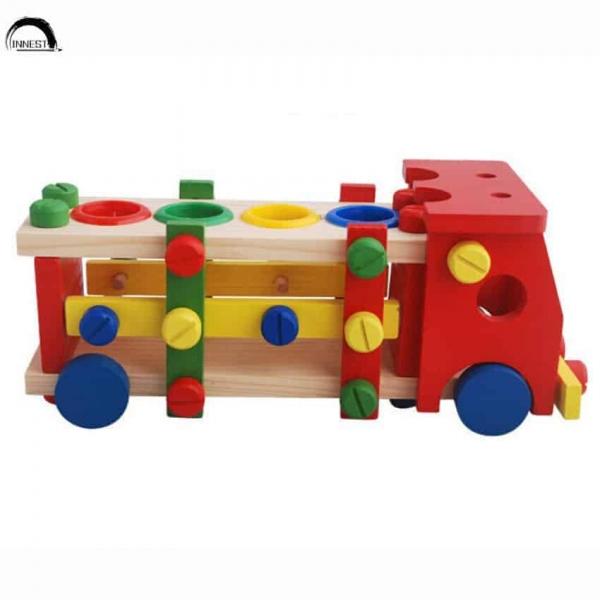 Camion de scule si ciocanel cu bile din lemn 4