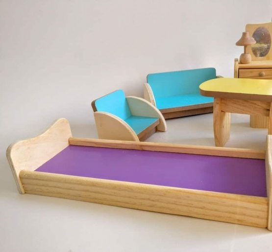 Set Mobilier din lemn pentru papusi dora 4