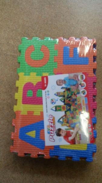 Set de puzzel cifre si litere 36 de buc 1