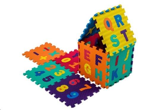 Set puzzel 10 piese cifre si litere  mari 31/31 cm 11